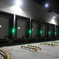 šliuzas su LED juostomis